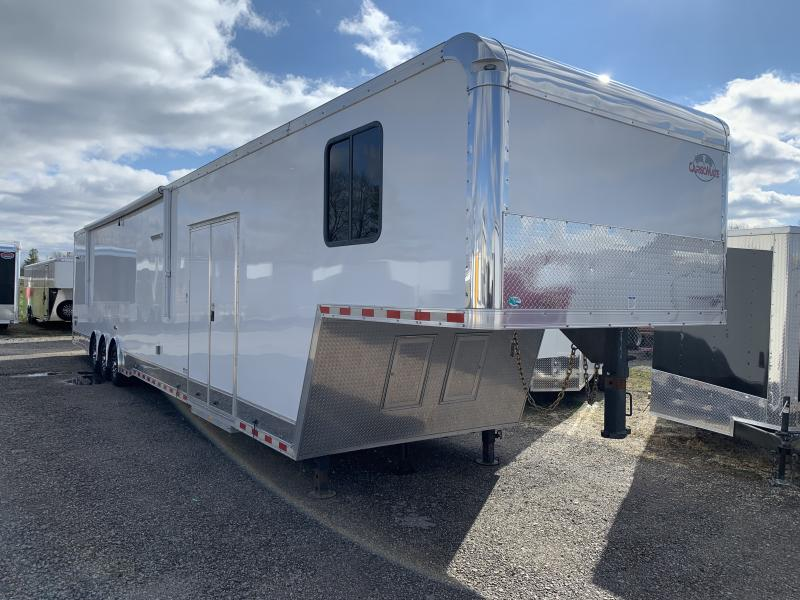 2019 Cargo Mate 48' Bath Pkg Race Trailer
