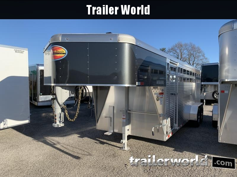 2021 Sundowner Rancher Xpress 20' Livestock Trailer