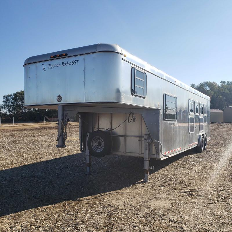 2000 TC Tycoon Rodeo SST 4H Weekender Horse Trailer