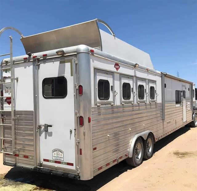 2007 Hart Trailers Horse Trailer