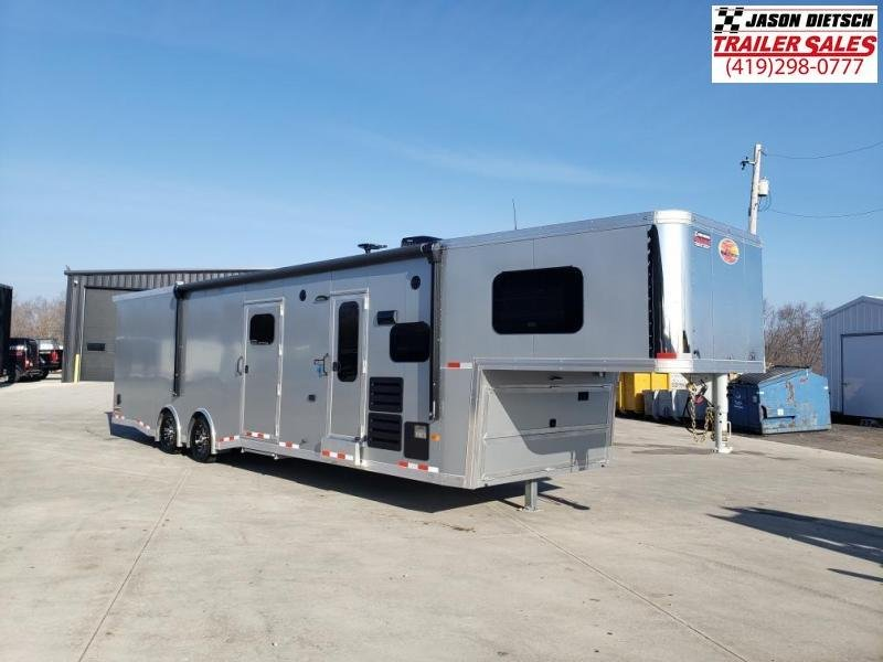2021 Sundowner Trailers 8.5X38 Toy Hauler W/Living Quarters