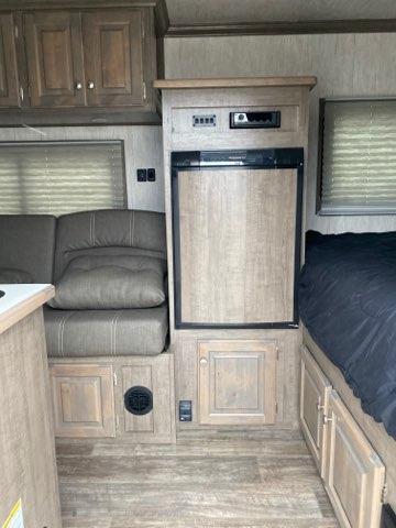 2021Sundowner TrailBlazer 6.9X16 RV/Camper