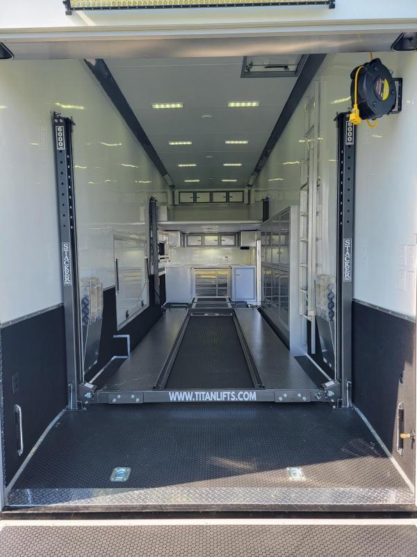 2022 United Trailers USH - 8.5X36 RACE TRAILER / CAR HAULER