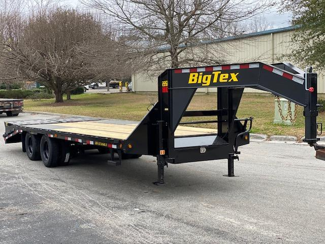Big Tex 22GN 20' Flatdeck Gooseneck Trailer with 5' Mega Ramps on the DOve Tail
