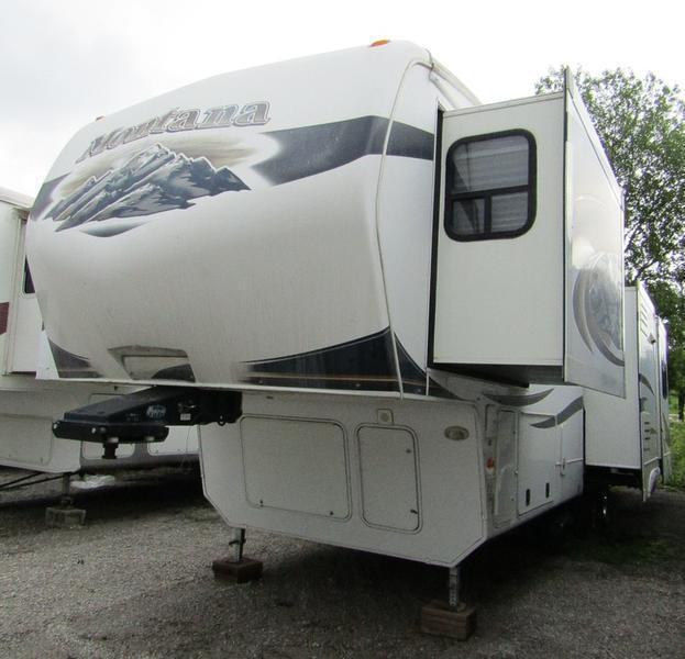 2011 Keystone RV Montana Fifth Wheel 3455SA