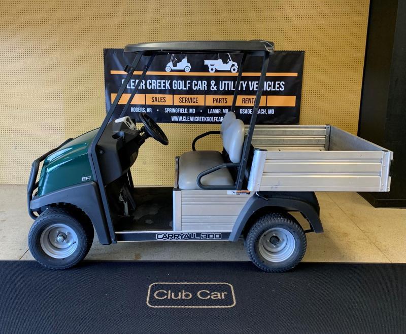 2017 Club Car Carryall 300 Utility Side-by-Side (UTV)