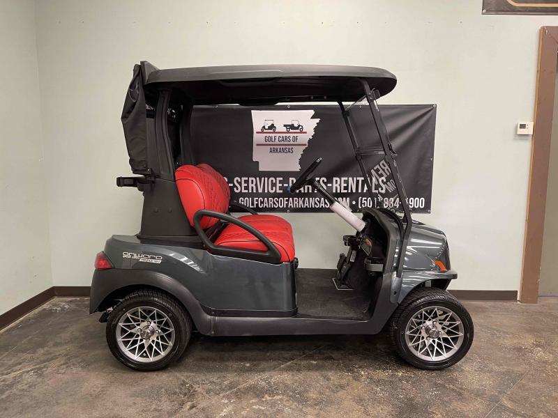 2022 Club Car Onward Special Edition Road Runner Lithium Ion Golf Cart