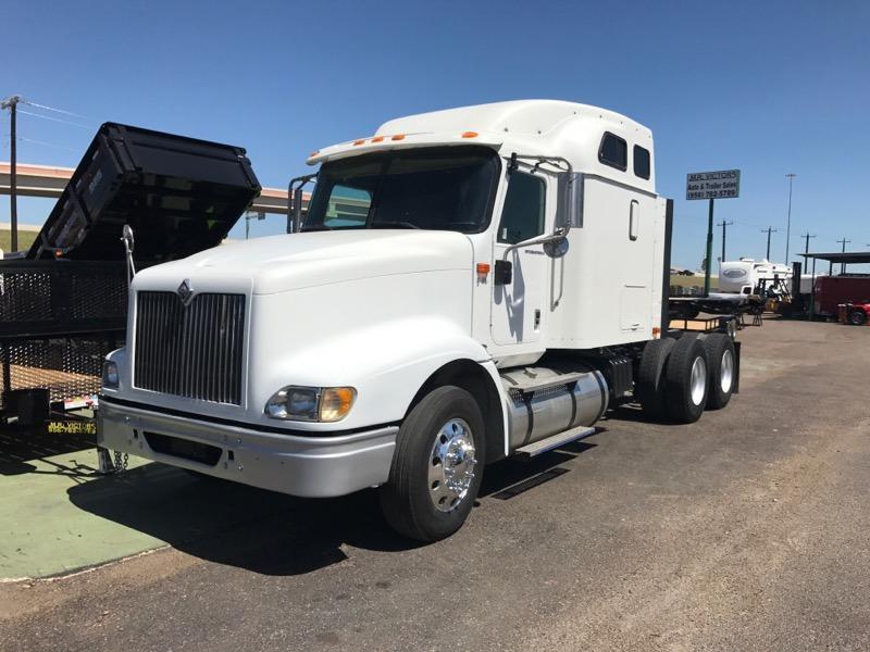 2005 International 9400i Truck
