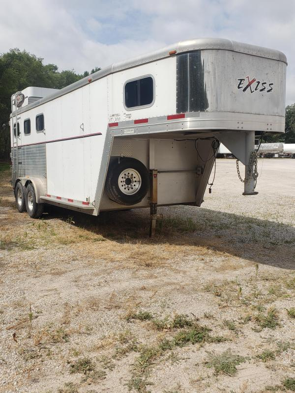 2005 Exiss Trailers XT-300 LIMITED 3H GN Horse Trailer