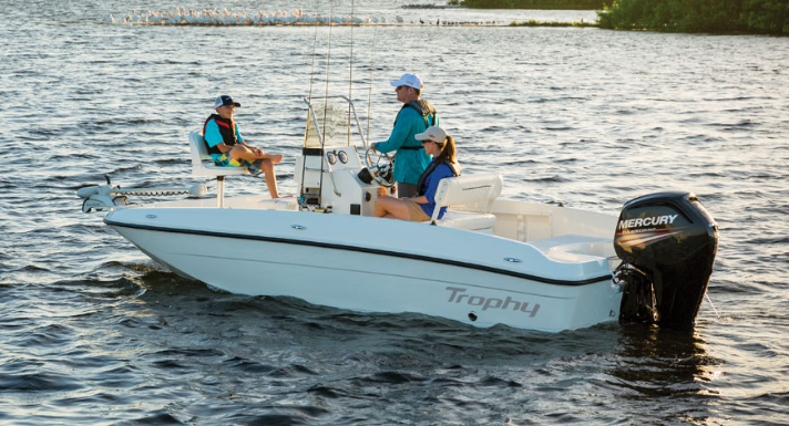 2016 Bayliner Boats T18BAY Center Console