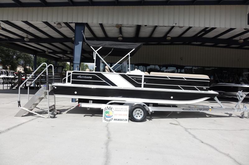 2021 Hurricane Boats FunDeck 226 OB Deck Boat