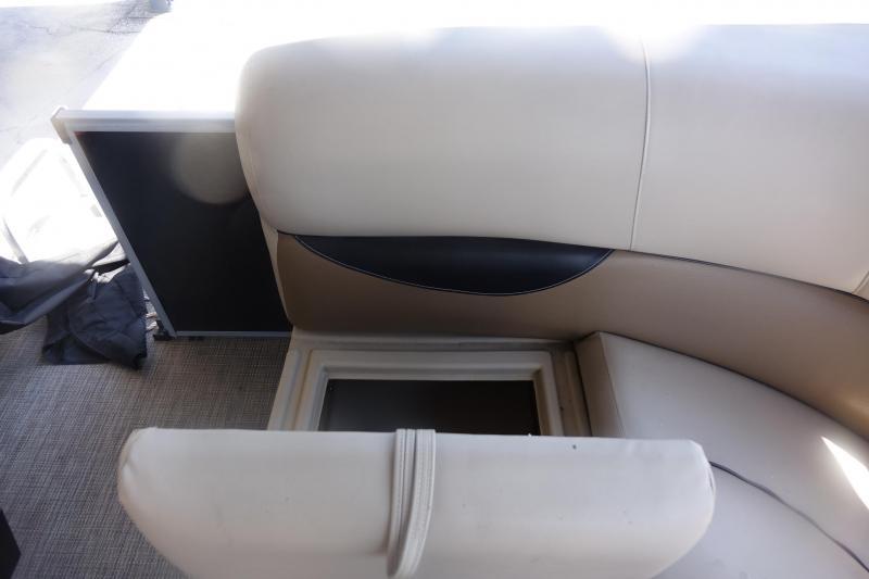 2017 Bentley 140 CRUISE SE Pontoon Boat