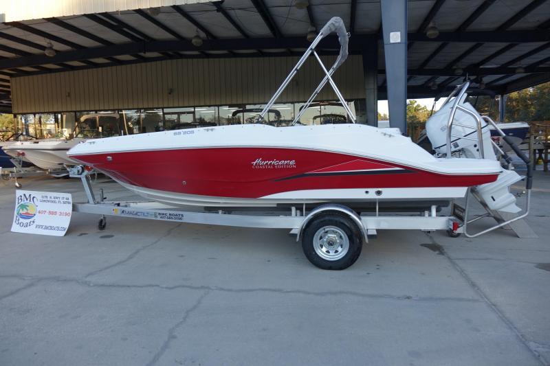 2021 Hurricane Boats SunDeck Sport 205 OB Deck Boat