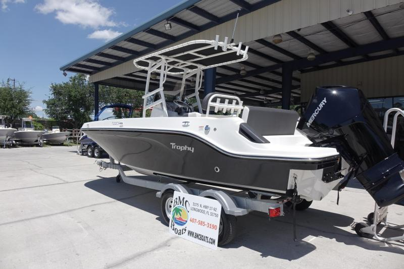 2022 Bayliner Boats T22CC Center Console