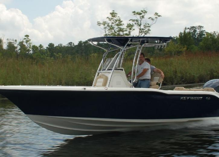 2021 Key West 239FS Center Console
