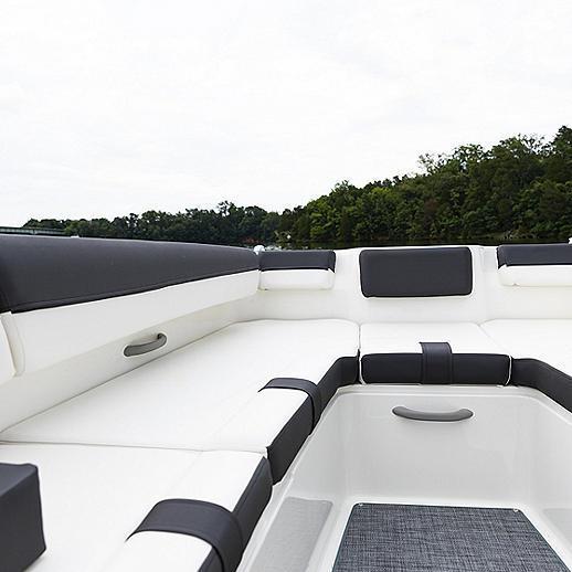 2022 Bayliner Boats DX2000 Runabout Boat