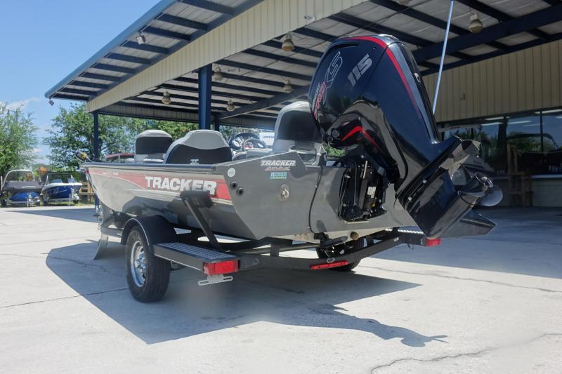 2018 Tracker Marine PRO 190 TX Bass Boat