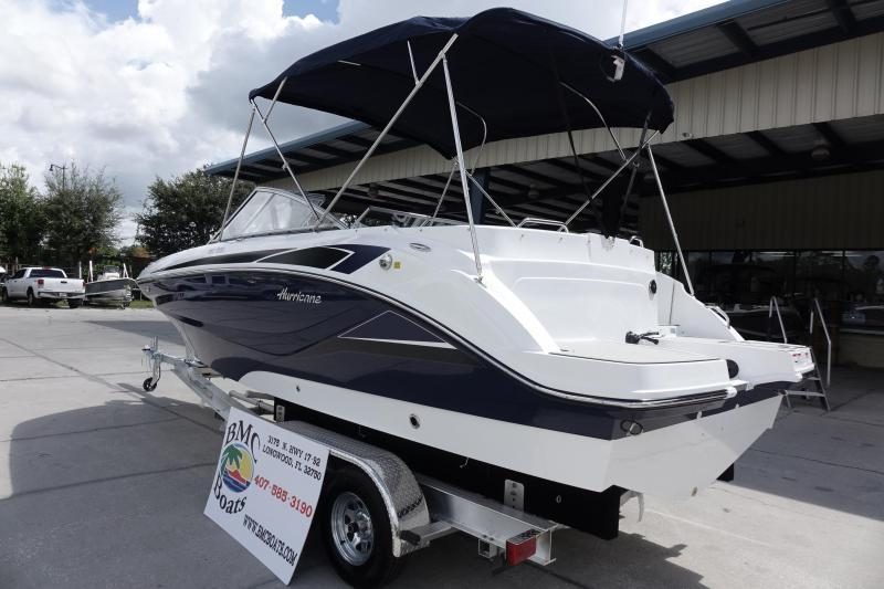 2022 Hurricane Boats SunDeck 235 OB Deck Boat