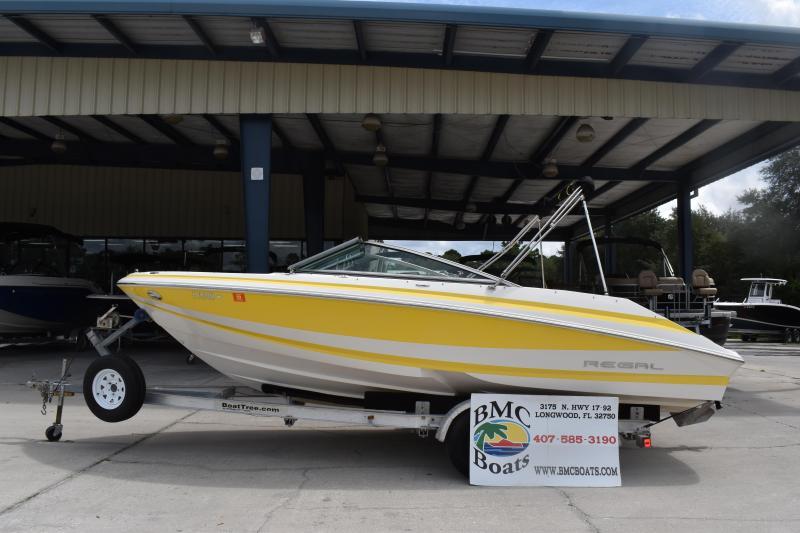 2003 Regal Boats 2000 Fastrac Center Console