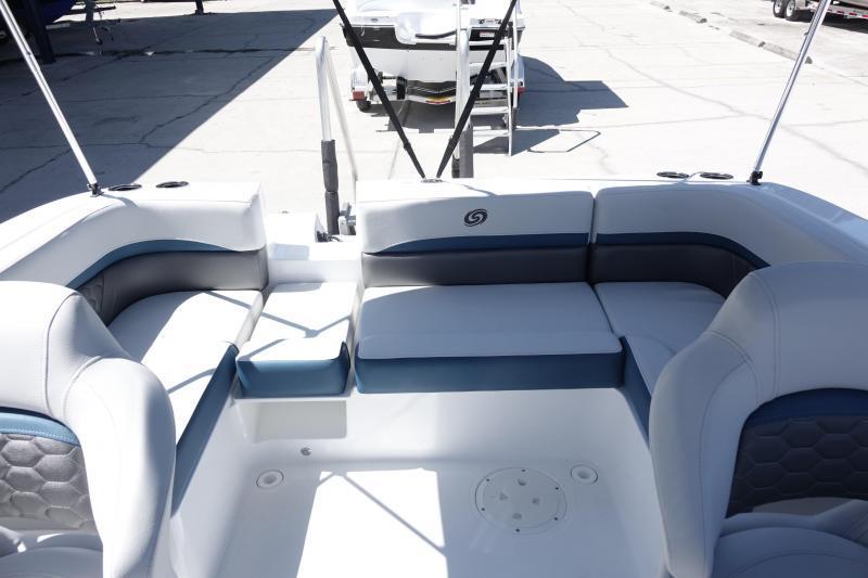2022 Hurricane Boats Sundeck Sport 192 OB Deck Boat