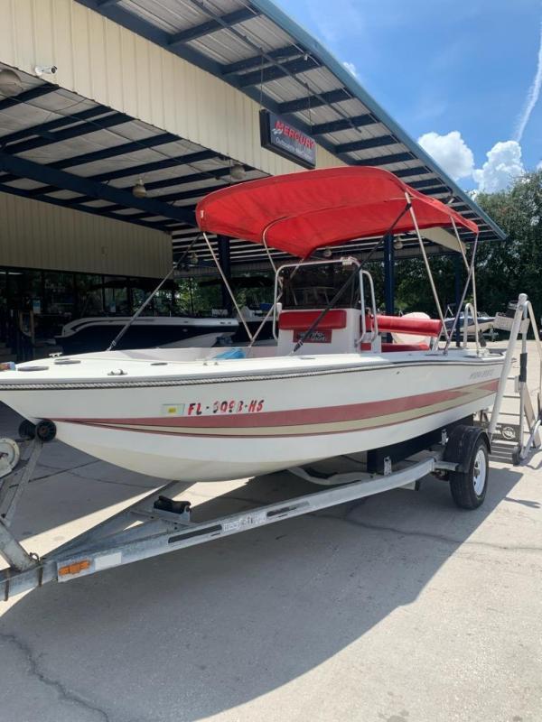 1983 Hydra-Sports 1800 Fishing Boat