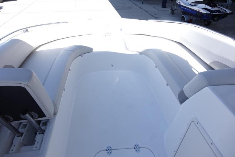 2021 Hurricane Boats 201 OB Deck Boat