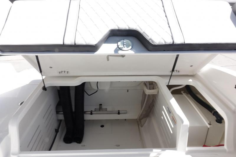2021 Bayliner Boats DX2000 Deck Boat