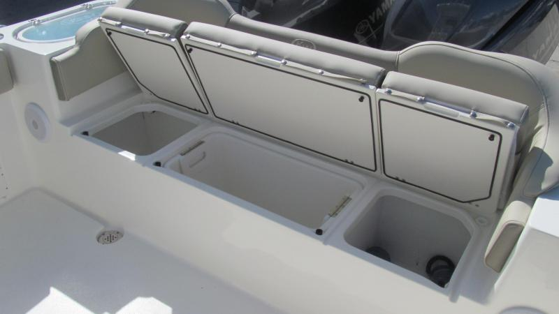 2021 Key West 263FS Center Console