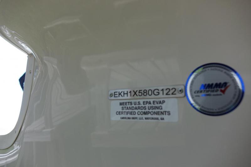 2022 Carolina Skiff 19 LS Center Console