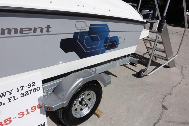 2021 Bayliner Boats Element E18 Deck Boat