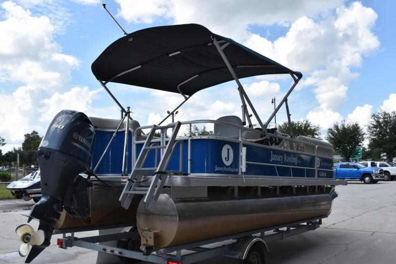 2020 Sweetwater Pontoon Boat 206C