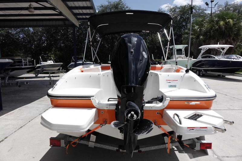 2018 Bayliner Boats Element E18 Deck Boat