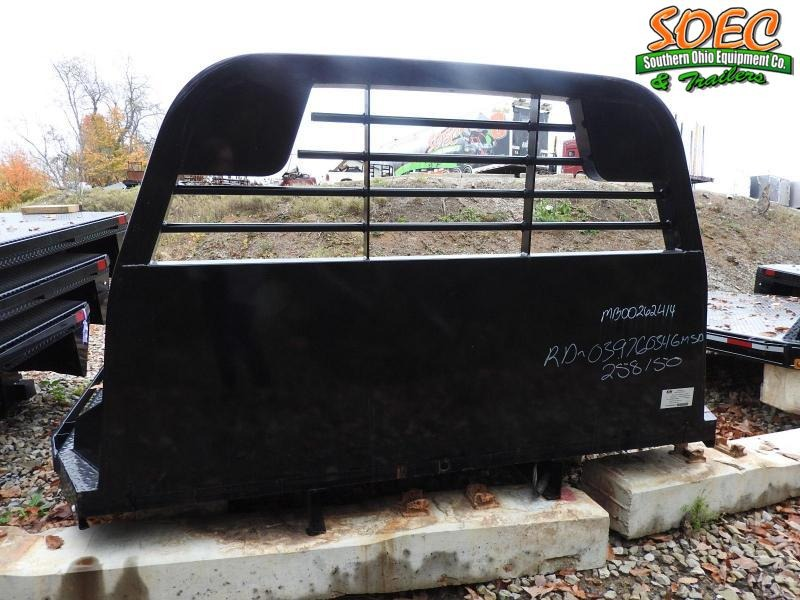 CM RD 9'4/97/60/34 4500GMSDTruck Bed / Equipment