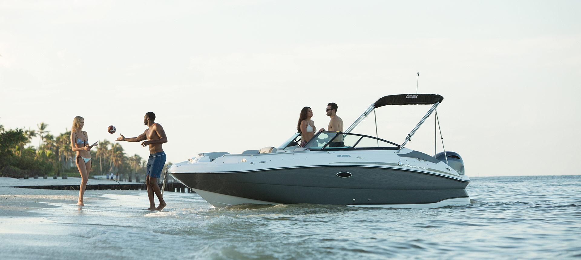 Hurricane Boats SunDeck 2200 OB