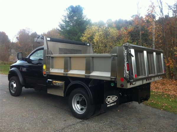 Iroquois Manufacturing Brave Series Stainless Steel Dump Body