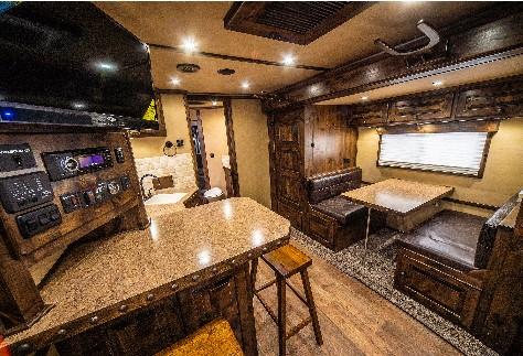 Logan Coach Platinum Interior