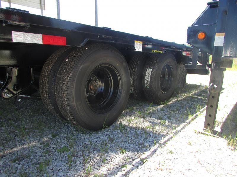 Big Tex Trailers 25 ft Mega Ramps Gooseneck Flatbed Trailer