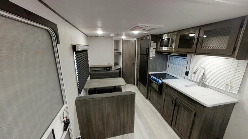 2022 Shasta Shasta 26' BH SHASTA RV TRAILER Travel Trailer RV
