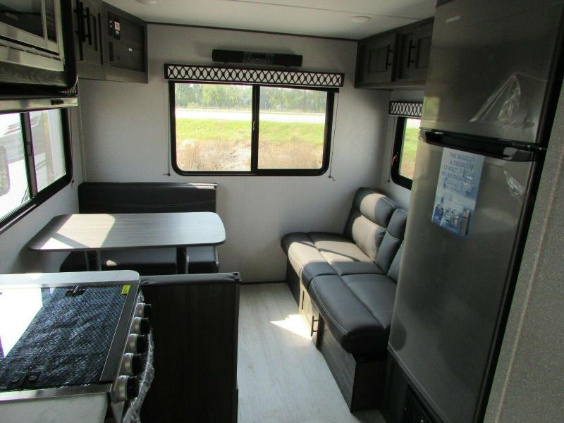 2022 Shasta Shasta 21' CK SHASTA RV TRAILER Travel Trailer RV