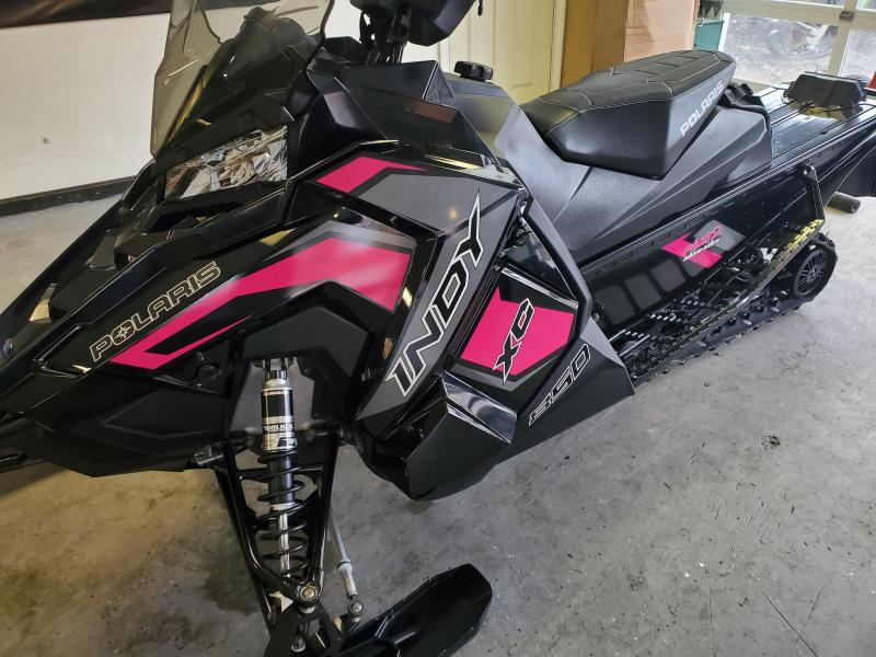 2019 Polaris Indy XC 850 Pink Ribbon Edition