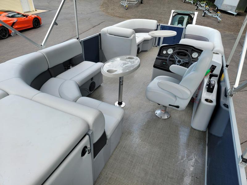 2021 Bentley 22FT Pontoon Boat with Trailer