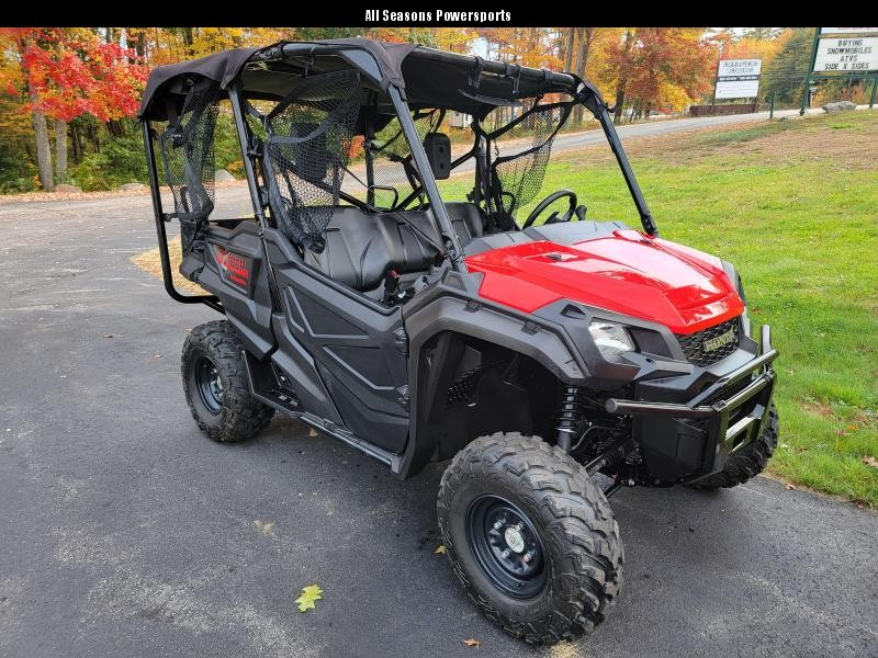 2020 Honda Pioneer 1000-5 EPS 220 miles Utility Side-by-Side (UTV)