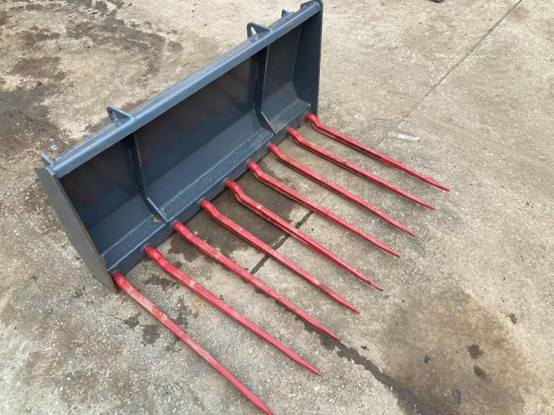 2021 Everun Manure Fork Mini Skid Steer Universal Attachment