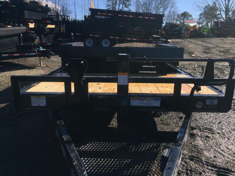2022 PJ Trailers 7x22 14k 7 ton Tilt Deck Gravity Partial Deck Removable Fenders