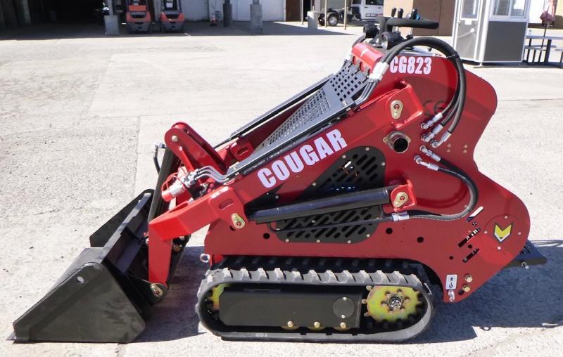 2021 Cougar CG823 Mini Skid Steer, 22HP Honda, Warranty