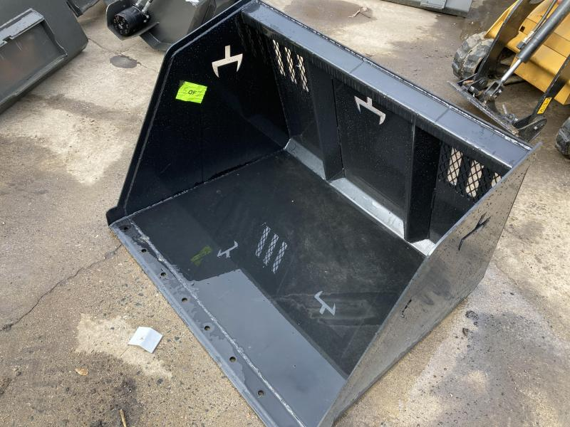 2021 Branch Manager T4800U Super High Capacity Dingo Bucket Mini Skid Steer Universal Attachment