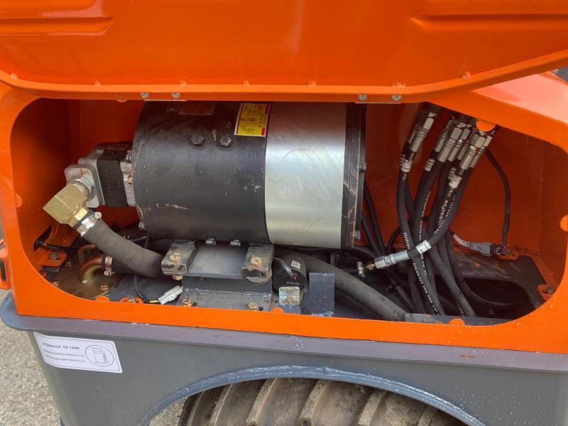 2021 Everun EREL06 Compact Electric Articulating Wheel Loader
