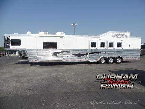 """2014 Bloomer 4H w/ 18' SW with 6'6"""" Slide Out & Bunk Beds Horse Trailer"""