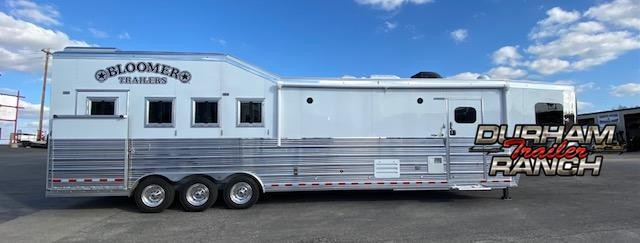 2021 Bloomer 4H 15'sw LQ Slideout PC Load Horse Trailer