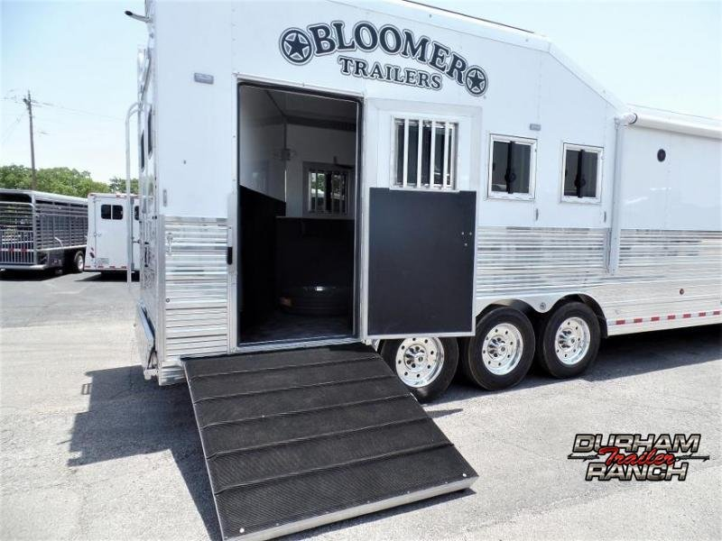 "2020 Bloomer 4H PC Load w/ 17'6"" SW and 10' Hyd. Slide Out Horse Trailer"